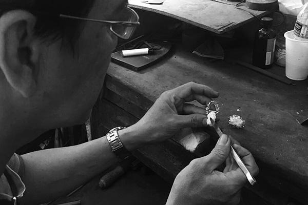 Kathy & Kathy Jewelry: Cherished handcrafted keepsakes